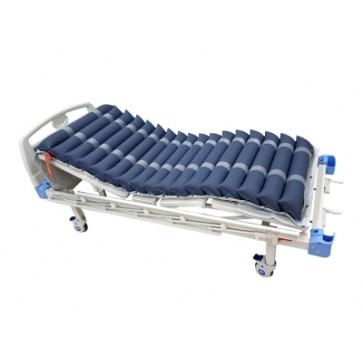Antidekubitalni madrac HF6002 namješten na krevet